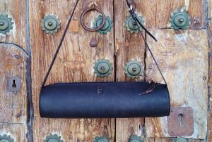 79€. Handmade leather bags by FG
