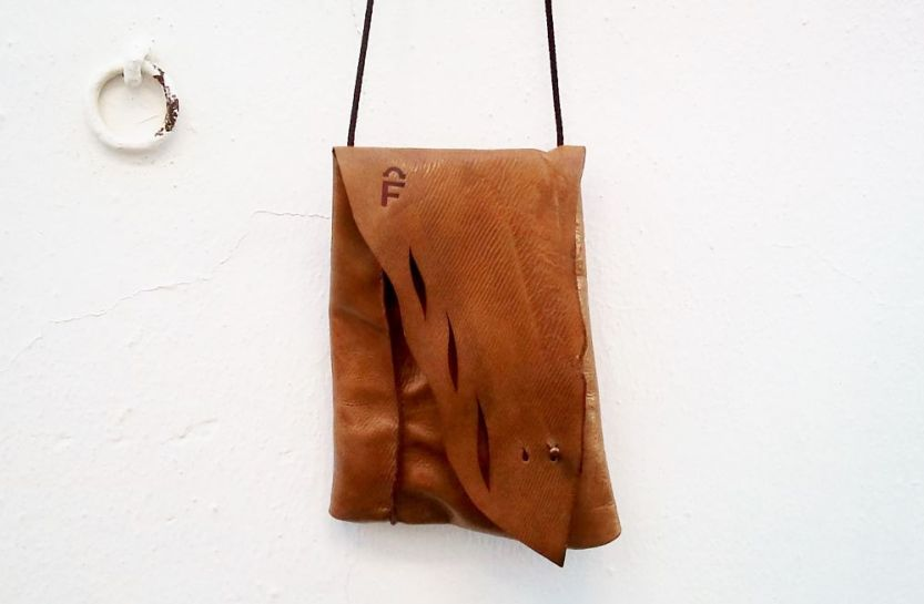 vegetable tanned leather used by FG handmade bags