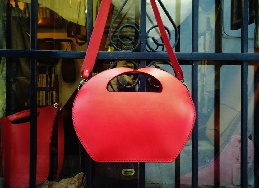 77€. Another sculptured stylish fg handmade bag