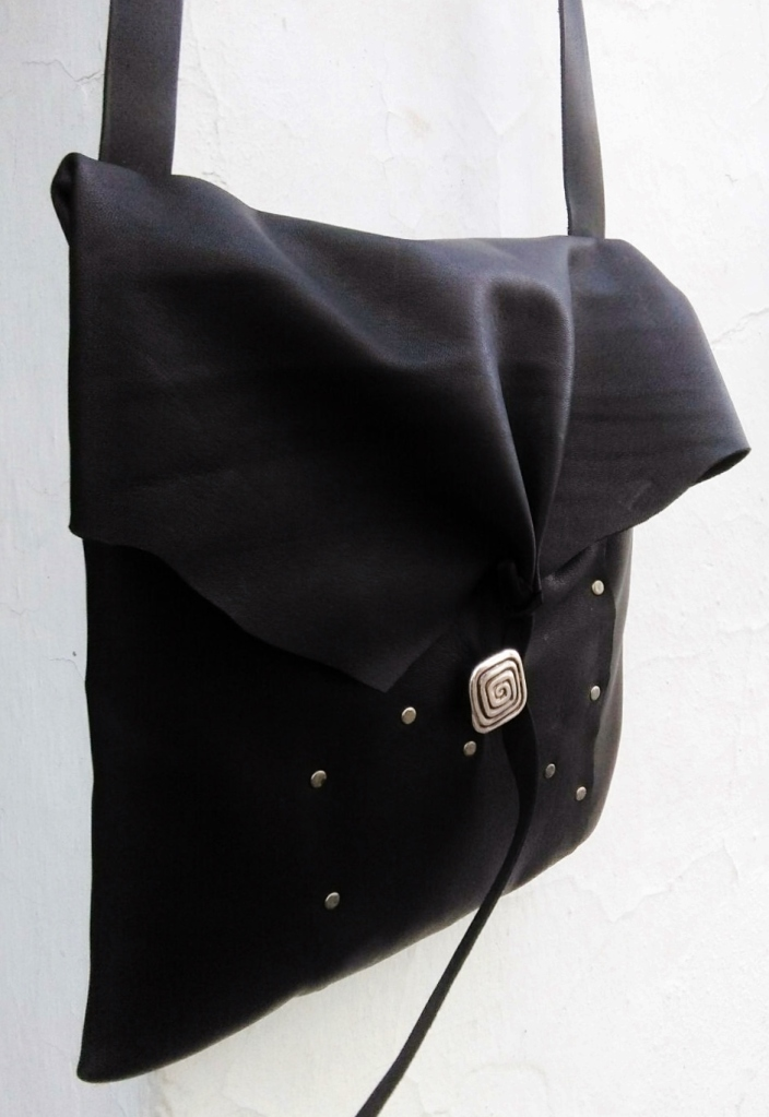 black-shouler-bag-with-decorative-studs-fghandmade-bags