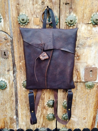 130€. 33 x 28cm. backpack for laptop FG oiled leather