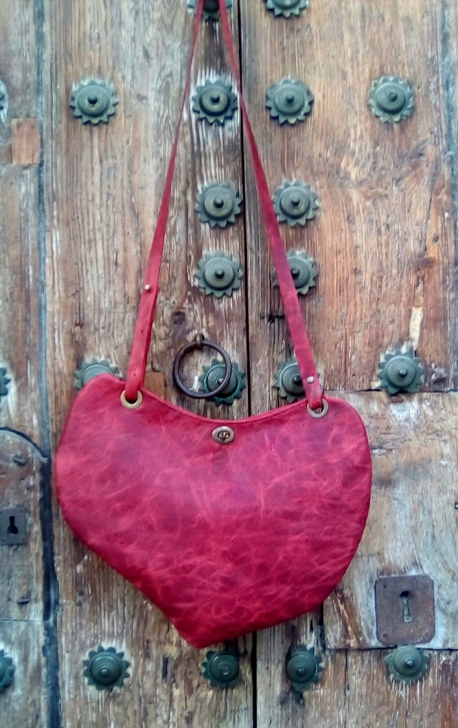 93€. St. Valentine's bag by FG