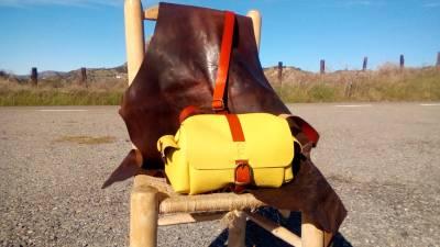Nic's sunny custom-made FG bag