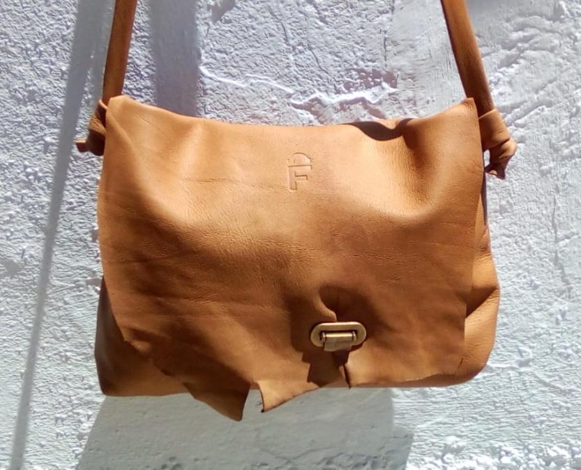 Flexible FG - custom made leather bags